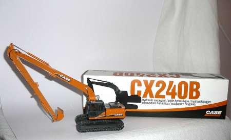 CX 240 B mit Langarm und Metallketten