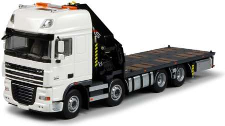 XF105 Super Space Cab LKW mit HIAB Ladekran