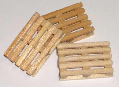 Europaletten aus Holz L: 24 mm,B: 16 mm,H: 5 mm, (3 Stück)