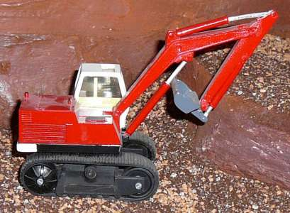 LC 80 mit Grabenlöffel Lim. 100 Stück -restbestand sehr altes Himobo Modell zum teil aus Kunstoff-