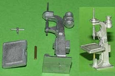 Standbohrmaschine - Drill Press Bausatz/kit unlackiert/not painted