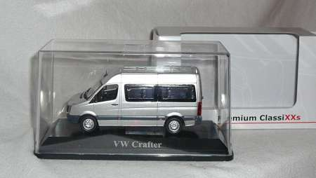 Crafter -facelift- Bus in silber-metallic