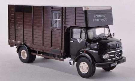 L911 Pferdetransporter
