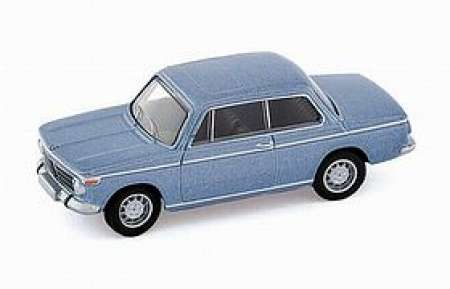 2002 Limousine in hellblau-metallic