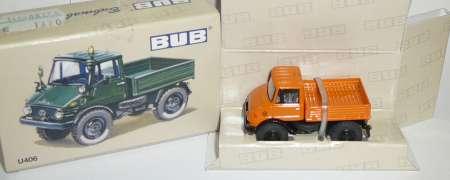 Unimog 406 in orange