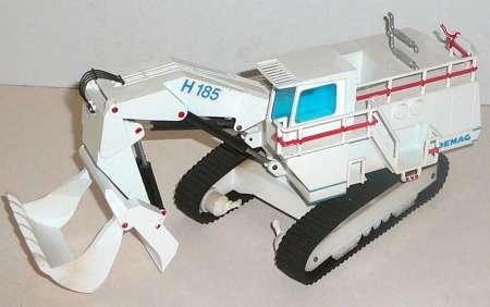 H 185 mit Hochlöffel in weiß das Modell wurde mit roter Farbe verschönert (ohne Karton/without box) von