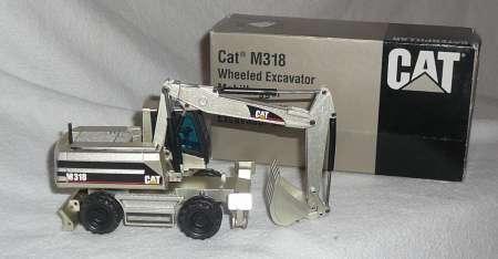 Mobilbagger M 318 in silber