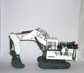 R 9350 mit  Tieflöffel