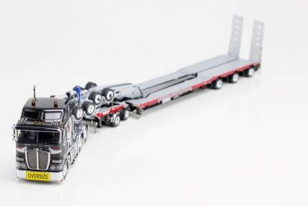 K200 tractor + Drake trailer NHH