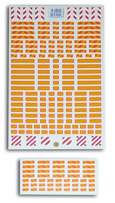 Reflextafeln Der Decalbogen enthält u.a. -Reflextafeln für Motorwagen und Sattelauflieger -Heckwarntafeln für überstehendes ...