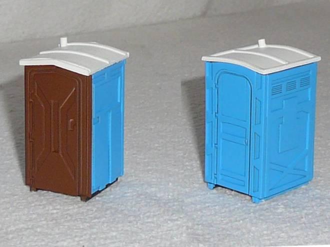 Modell-Klohäuschen im Set, 2 Stück für Dioramenbau