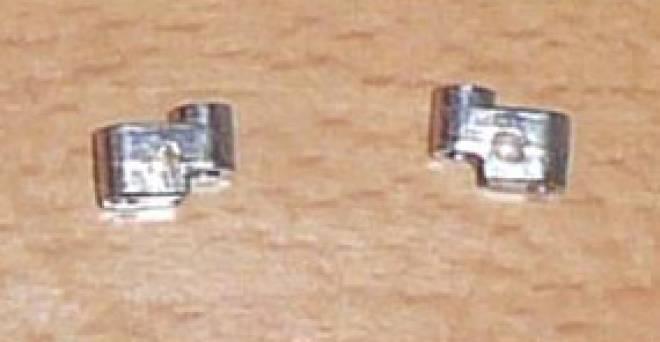 Aufhänger für Vorderrad für eine Gelenckte achse (2 Stück)