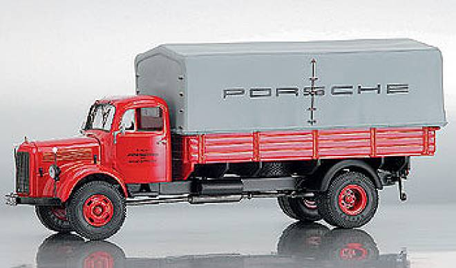 L3500 Pritsche/Plane -Porsche- rot