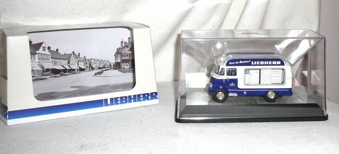 L 319  Retro Bus  historisches Modell