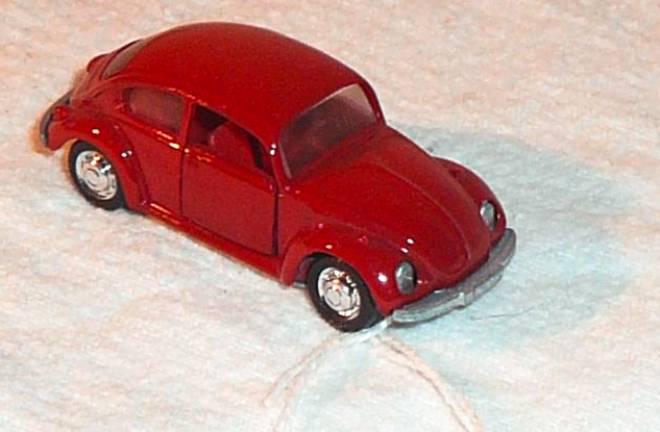 vw beetle 1 66 1302 s 50 ps 130 km h n 818 dunlelrot schuco. Black Bedroom Furniture Sets. Home Design Ideas
