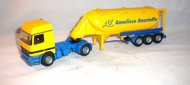 Actros 2achs Zugmaschine mit 3achs
