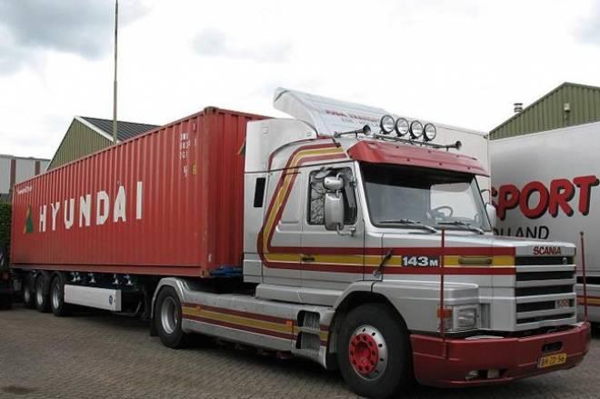 scania container trailer 1 50 t113 t143 streamline auflieger mit 45 fu container juba. Black Bedroom Furniture Sets. Home Design Ideas