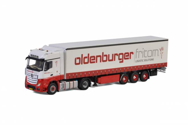 Benz Actros MP4 Big Space Curtainside Trailer - 3achs