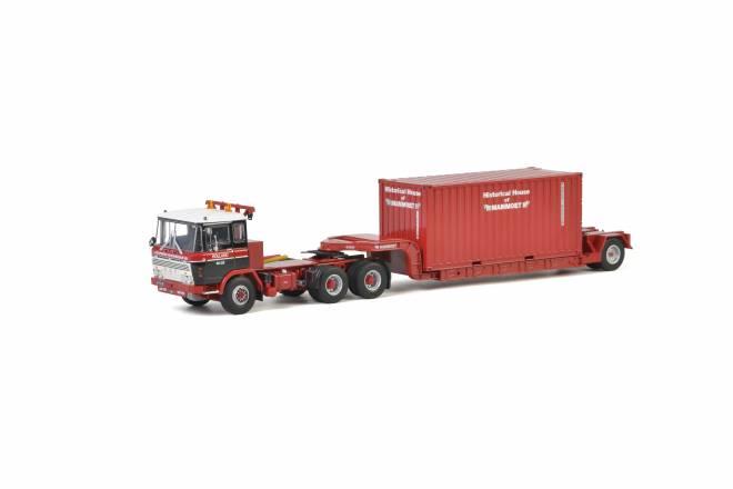 2600 mit Container