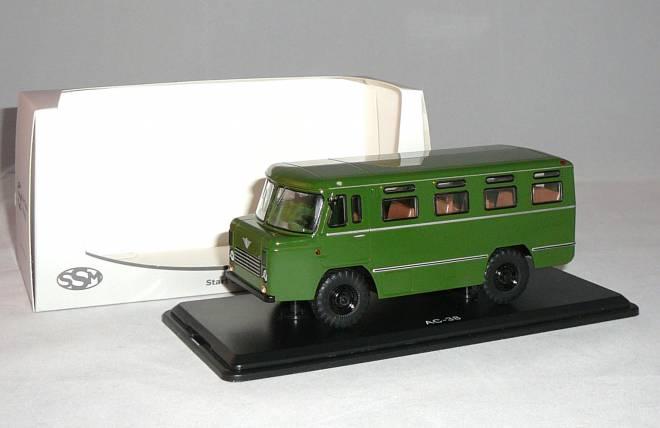 38 Armeebus