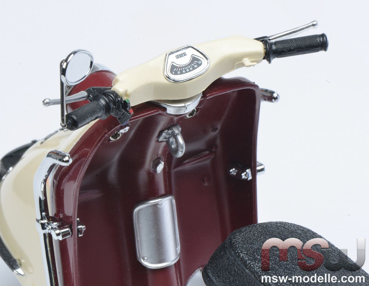 1 10 heinkel tourist 103 a2 mit fahrerfigur scooter. Black Bedroom Furniture Sets. Home Design Ideas