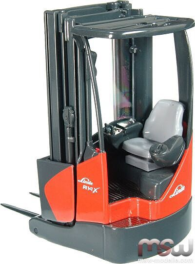 model nzg linde r14 x stapler forklift 1 25. Black Bedroom Furniture Sets. Home Design Ideas