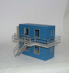 Wohncontainer 2er block übereinander besteht aus 2 Containern 1 Laufsteg und eine Treppe