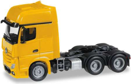 ACTROS GIGASPACE 6X4