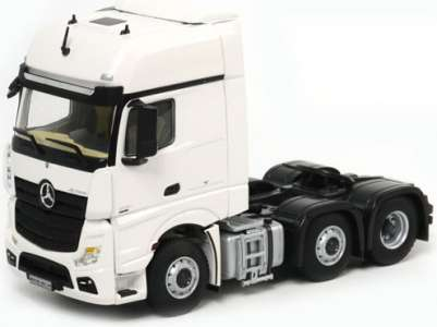 Benz Actros Giga Space