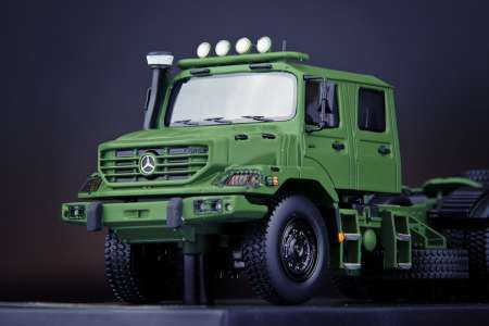 Benz Zetros Army Green