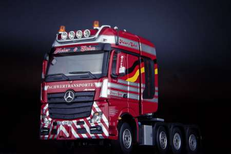 Benz Actros Gigaspace 8x4