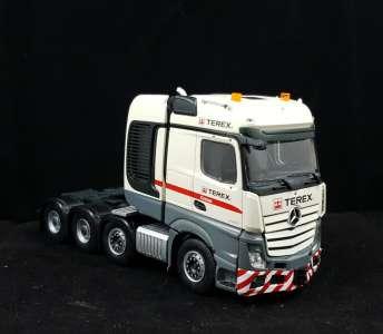 Benz Actros2 Bigspace 8x4  111
