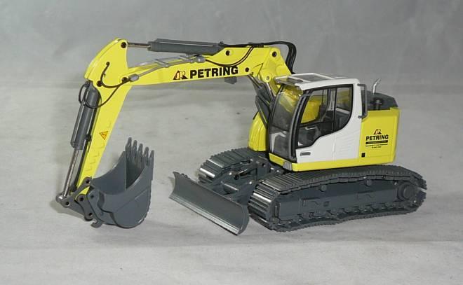 R920 Compact mit Verstellausleger