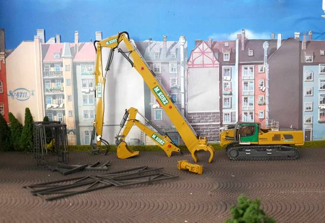 R960 Demolition