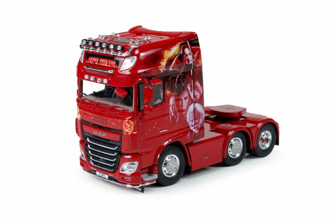 XF Euro 6 6x2 Super Space Cab - The Hunger Games