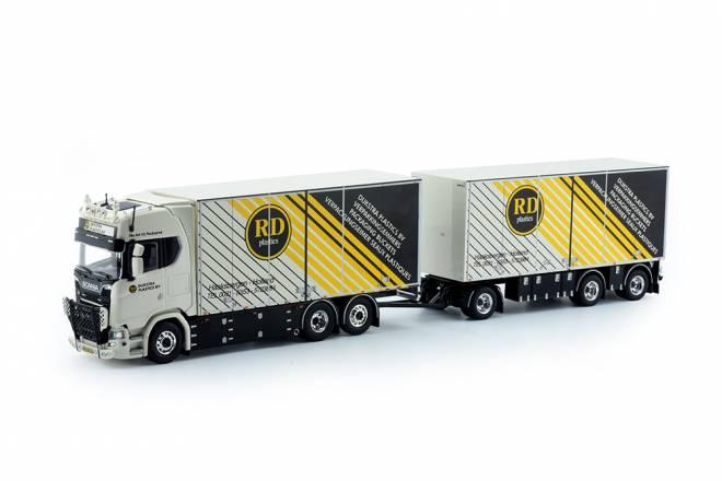 S-serie Highline Motorwagen mit Anhänger