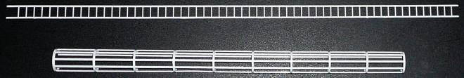 Leiter aus Plastik 38 cm lang und 1 cm breit mit Käfig 28 cm lang und 1,5 cm breit