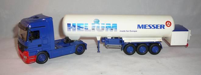 2achs Zugmaschine mit 3achs Tankauflieger T 285 für tiefgekühlte verflüssigte Gase Helium
