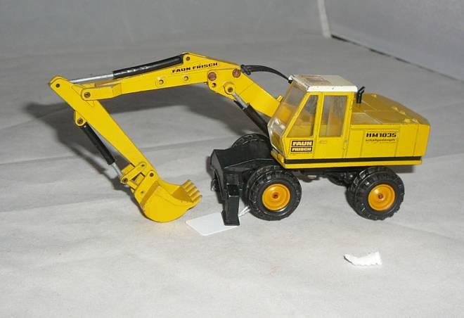 HM 1035