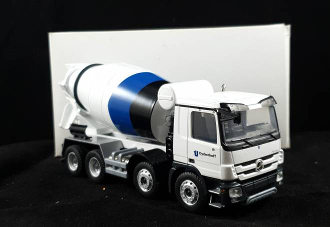 Actros 4 achs