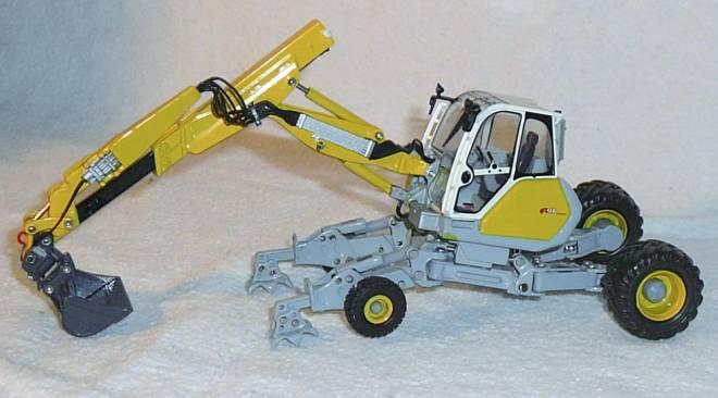 Schreitbagger A 91 -Neues Heckteil, vorne kleine Räder hinten große, neue Beschriftung-