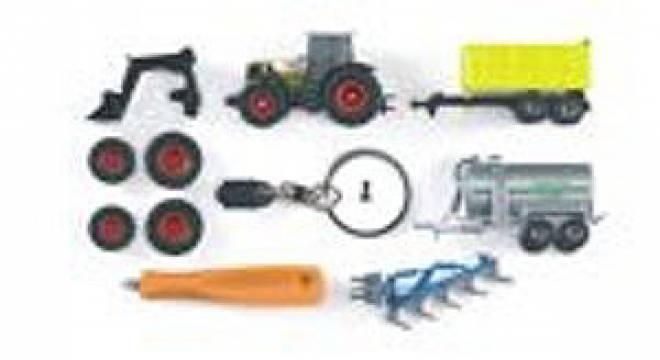 Atles 936RZ mit Schlüsselkette und Schraubendreher, und Anhänger