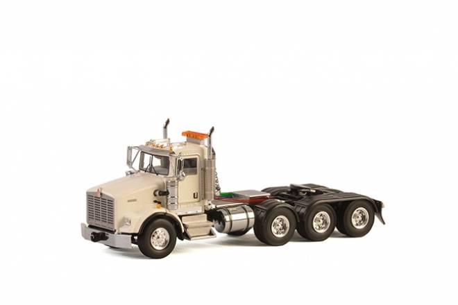 T800 8X4 WHITE
