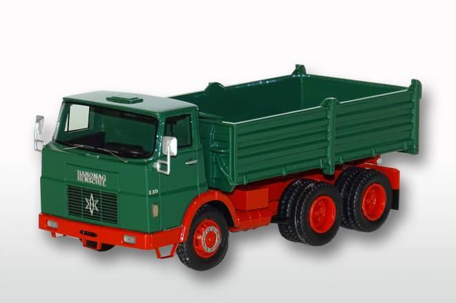 F 221 K 6x4 Dreiseitenkipper