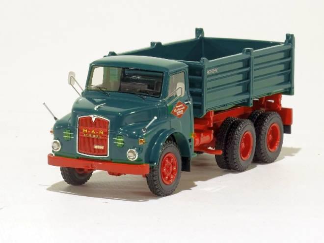 Hauber 19.230 DHKA (6x6 Kipper)  RAL 6004,
