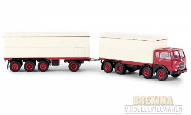 690 Millepiedi, rot/weiss, Kofferzug, 1961