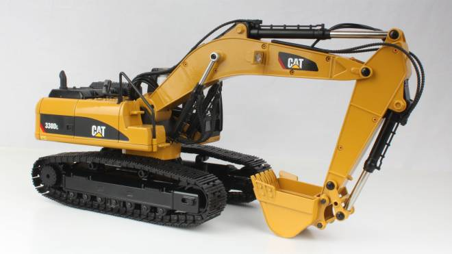 330D L   RC Modell