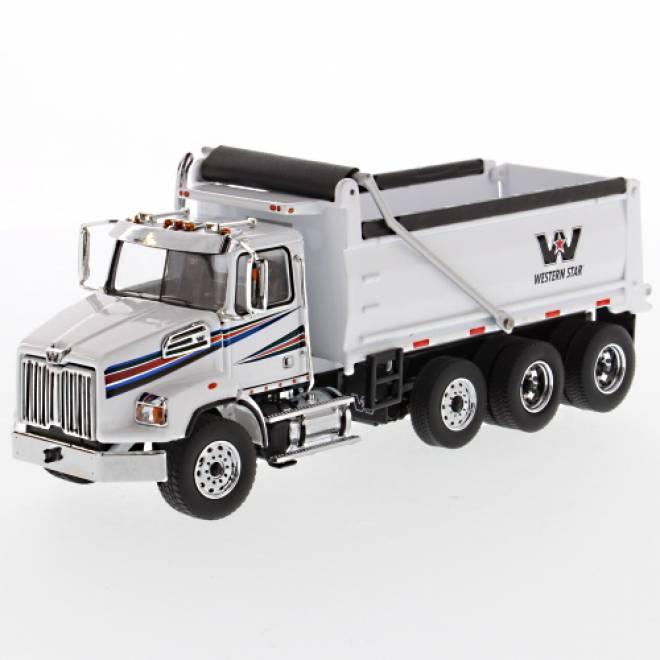 4700 SB Dump Truck