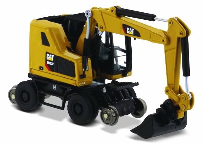 M323F Railroad Wheeled Excavator, CAT Yellow