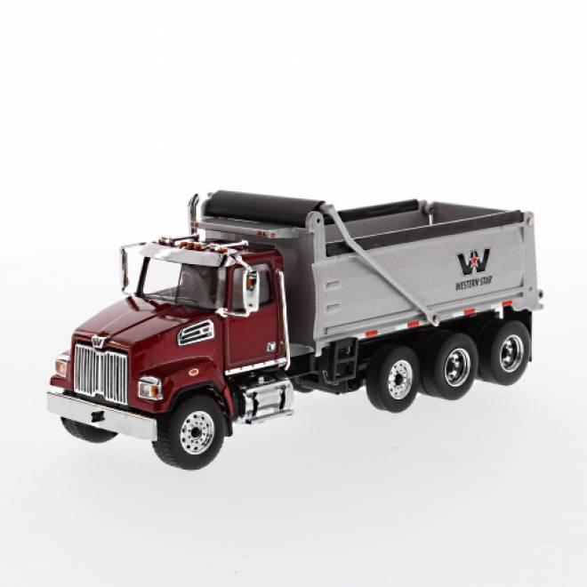 4700 SF Dump Truck